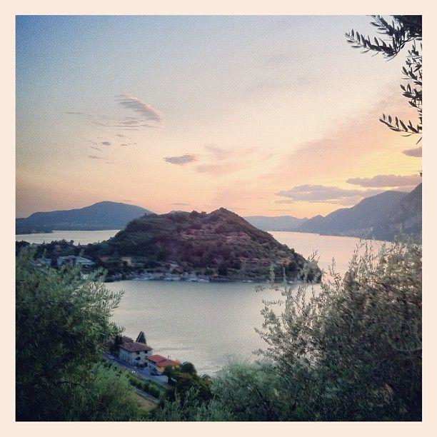 Lago d'Iseo, il tramonto #iseo #italy #paesaggi #tramonto #sunset »