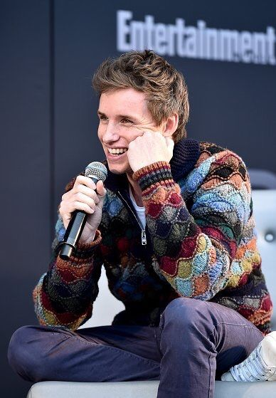 "bespokeredmayne: ""Eddie Redmayne charmingly promoting Fantastic Beasts at Entertainment Weekly PopFest. """