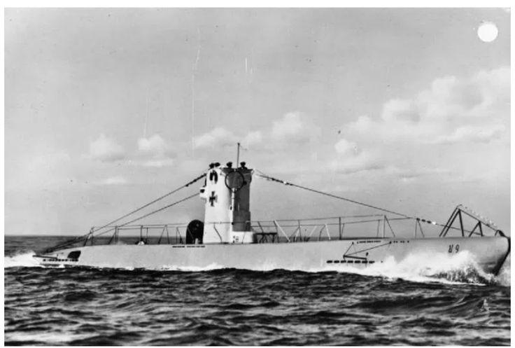 """German submarine U 9 Type IIb. For this type were U 22 and U 48, which in September 1939 attacked Polish submarines ORP """"Ryś"""" and """"Wilk"""" ineffectively. Licensing Wikimedia Commons."""