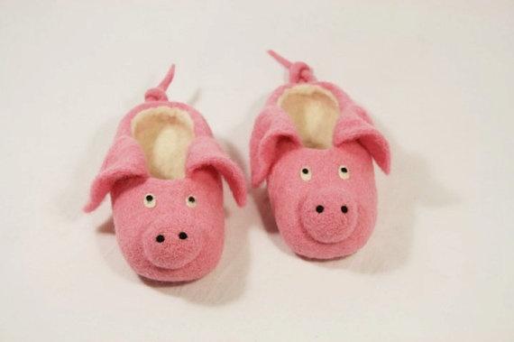 children's Slippers. Handmade felted slippers. Non slippery sole.