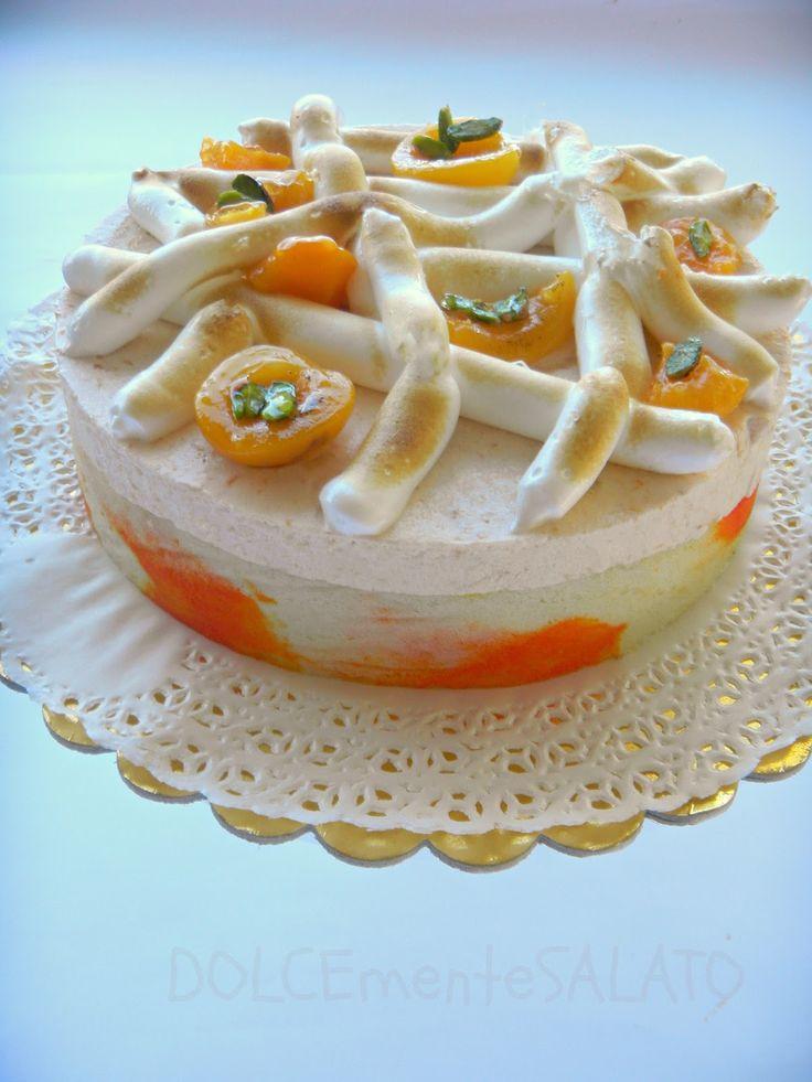 Sottotorta dorato  I Cook Cake   Carta di pizzo I Cook Cake       Penso si sia capito che adoro preparare le torte moderne, cioè queste...
