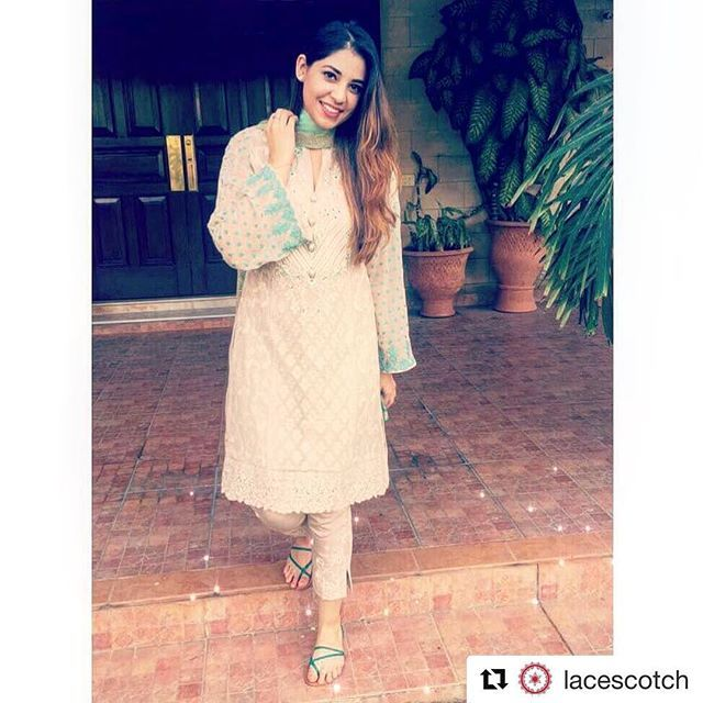 #Repost @lacescotch (@get_repost)  ・・・  Style File: #FizzaFurqan in #ZainabChottani this Eid 💖    #stylefile #ootd #lotd #womensfashion #womensstyle #style #fashion #trend #lacescotch #pakistan