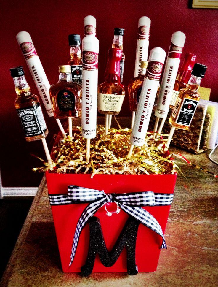 Wedding Party Gifts For Junior Groomsmen : ... Gift Parties Gift, Gift Ideas, Groomsman Gifts, Flowers Groomsmen Gift