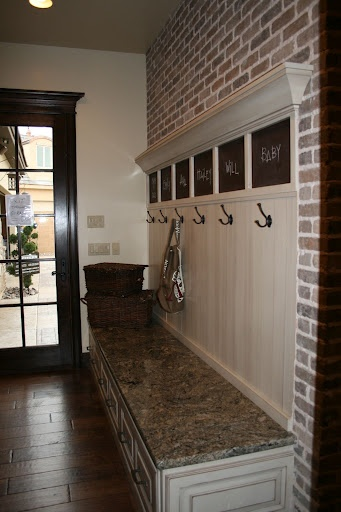 Le Home Familial Foyer Unme : Best hidden entryway storage sept images on
