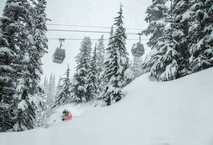 Ski report: Heavy snow as 109 mph wind gust closes Mount Baker #skies