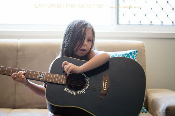 Girl with acoustic guitar. Lifestyle photography. www.lanicarter.com