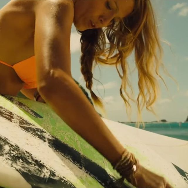 The Orange bikini top that Blake Lively (Nancy) wears in the movie The Shallows (2016). #BlakeLively #TheShallows