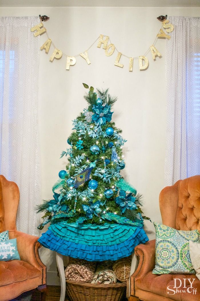Love this Aqua themed Christmas Tree and Ombre Ruffled Tree Skirt! Eclectic Christmas family room @diyshowoff #BSHT