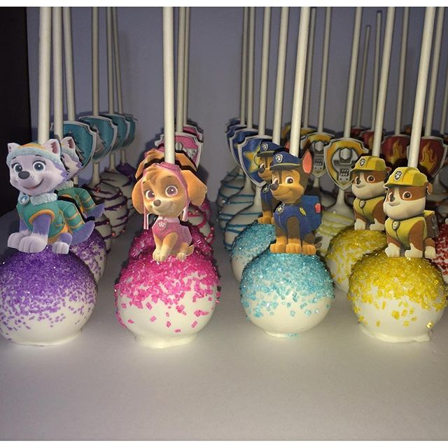Paw patrol cake pops More