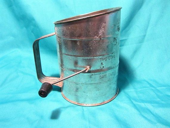 Bromwell Crank Flour Sifter Tin Industrial Farmhouse Wood Handle, Sifter Baking Tool, Country or Farm Kitchen, 1950's Flour Sifter