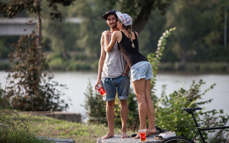 INDUST3 contest, Prague 2014  Summer, love, beer, chill #bu2r