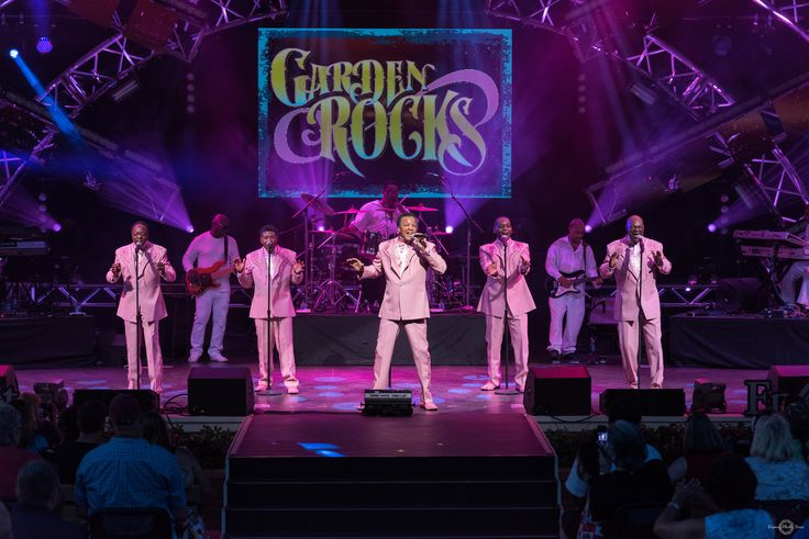 """https://flic.kr/p/VLD9oW 