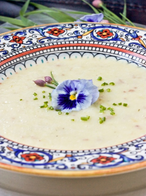 Scrumpdillyicious: Classic French Vichyssoise
