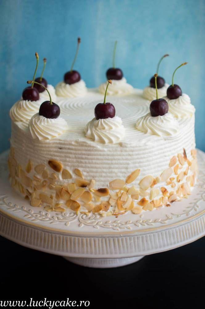 Tort Malakoff cu visine Gustul acestui tort m-a cucerit definitiv ! Este un tort cu origine austriaca, precum tortul Sacher, fin si delicat. Pe langa crema de migdale am adaugat un strat dulce acrisor de visine, pentru contrast. Rezultatul e fost delicios ! (Visited 2,629 times, 1 visits today)