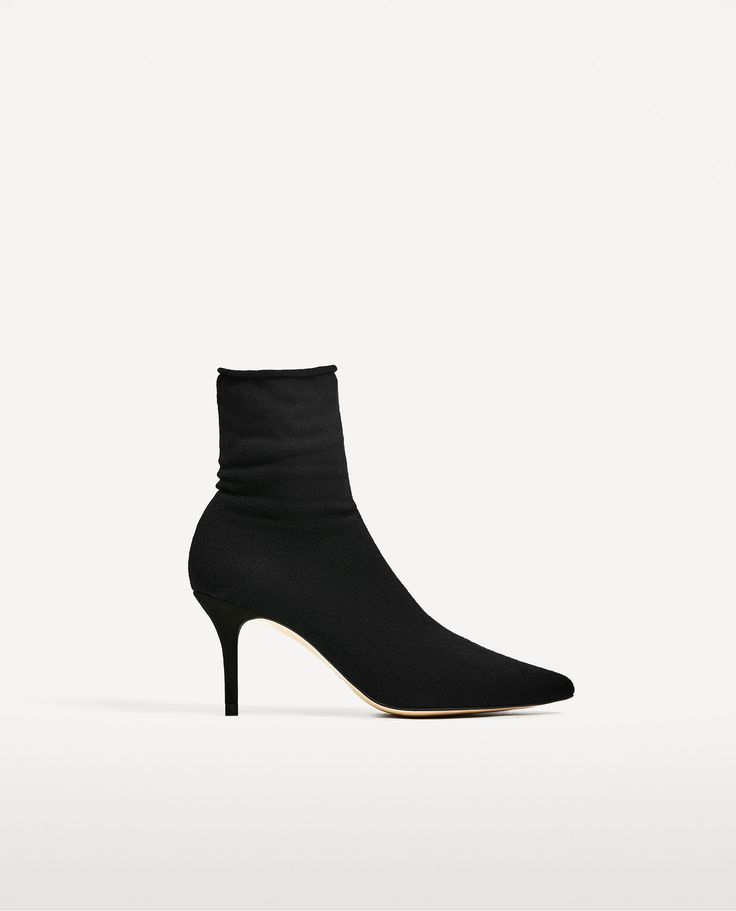 12 zara pieces it girls are wearing right now socks and heels