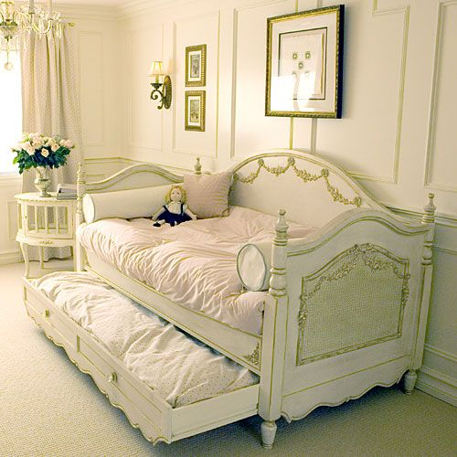 34 Best Images About Katrina 39 S Bedroom On Pinterest Louis Xvi Day Bed And Furniture