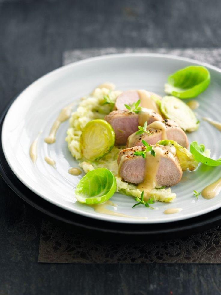 """Het lekkerste recept voor """"Everzwijn met spruitjes"""" vind je bij njam! Ontdek nu meer dan duizenden smakelijke njam!-recepten voor alledaags kookplezier!"""