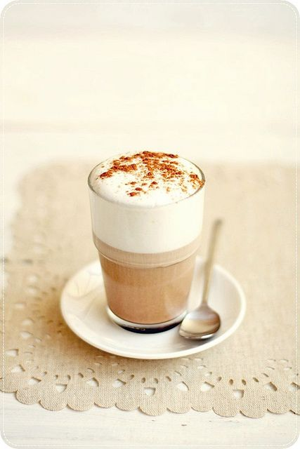 The perfect mid-afternoon pick-me-up, a classic cappuccino. #coffee #food #drinks #cappuccino #Italian #Italy #brown