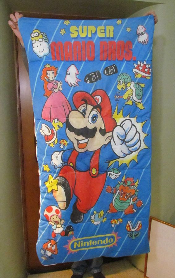Super cool #Supermario sleeping bag from the #80s! #nintendo #nes #mariobros #supermariobros #1980s #game #videogame #retrogamer #oldschool Nintendoo Super Mario Super Mario Brothers Videogamemes RetroGame Retro Games Plus Retro Gamer's Union RetroGamers RetroGames