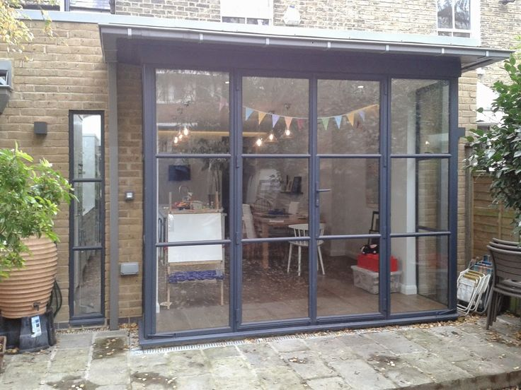 Met Therm Windows were contracted to replace the standard bi-fold doors with door screens. #doorscreens #doors #Thermallyefficent #metaldoors #georgianstyle #weldedbars #metthermwindows