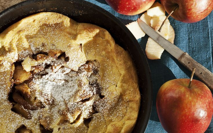 Apple Oven Pancake. Perfect for Mother's Day Brunch!
