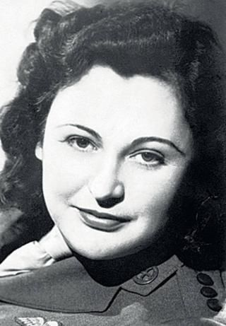 """Nancy Wake """"the white mouse"""" the SS most wanted woman and one of the greatest heroines of WW2"""