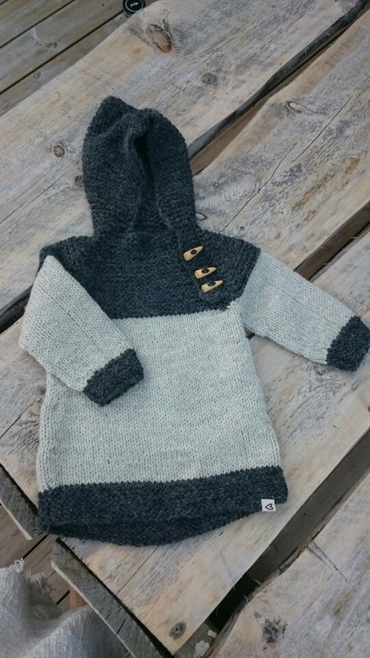 One of many Oslo anorak that I've knitted.