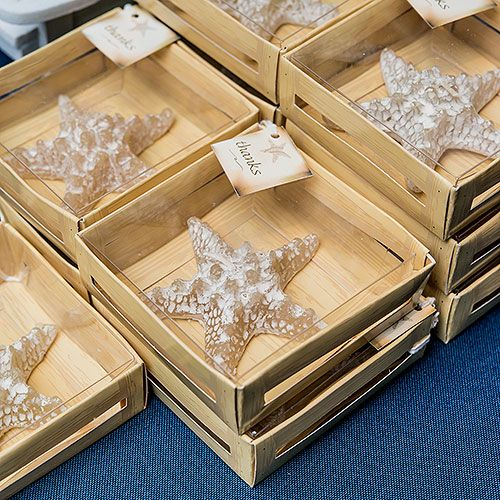 miniature-starfish-candle-in-gift-packaging-favor-multiple-starfish-displayed-in-gift-boxes