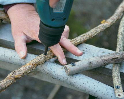 Build A Rustic Trellis Rustic Trellis Garden Arch Trellis Trellis