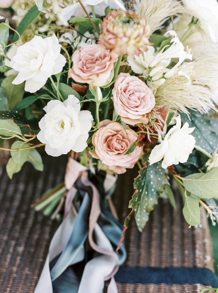 Studio Mondine Fine Art Wedding Flowers by Taralynn Lawton Photographer