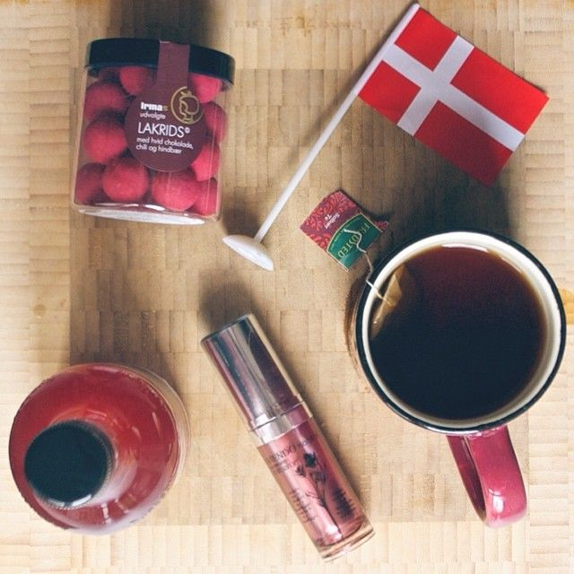 All the Danish pink things! #danish #cph #kbh #red #pink #thé #morning #godmorgen