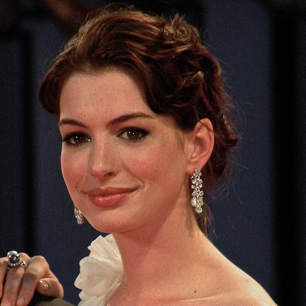 Anne Hathaway Devil Wears Prada Red Carpet Venice