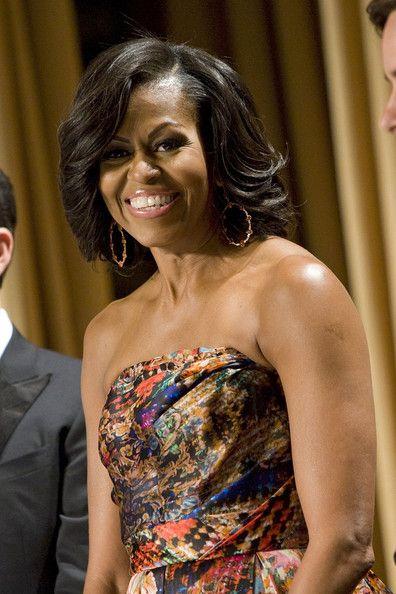One word: stunning. @MichelleObama's hair looks great!!: Houses Correspond, White Houses, Presidents Obama, Lady Michele, 1St Lady, Michelleobama Hair, Michelle Obama, Hair Looks, First Lady