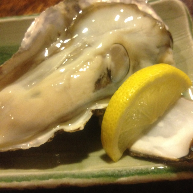 Oyster  in  Nakamiguro