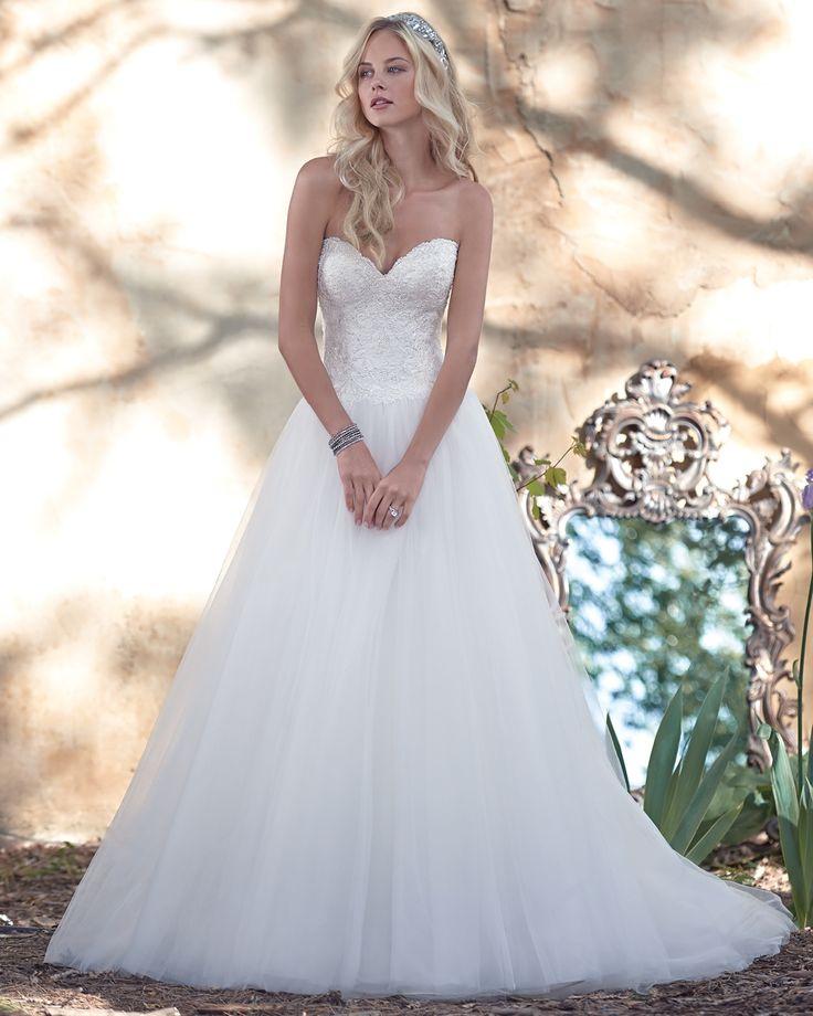 Vestido de Noiva de Maggie Sottero (Mindi), coleção spring, corte evasé, decote…