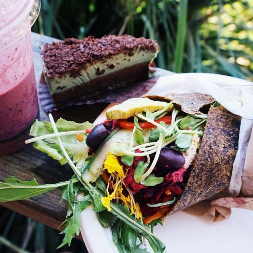 tessbegg:  Road trip down to Byron Bay Had lunch at... - http://topfitty.com/fitness/tessbeggroad-trip-down-to-byron-bay%f0%9f%9a%99%f0%9f%8c%9e%f0%9f%8c%8a-had-lunch-at/