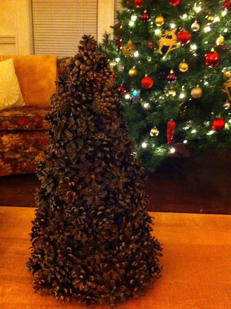 23 best pinecone christmas trees images on pinterest. Black Bedroom Furniture Sets. Home Design Ideas