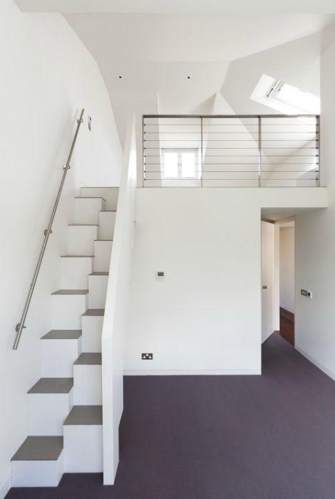 Лестница для небольшого дома.