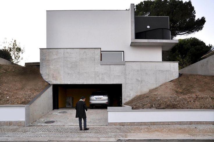 House (Rehabilitation) | Oeiras, Portugal |  Ventura Trindade Arquitectos