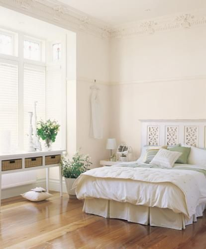 Dulux Bedroom: Summer Moon by Dulux Birds hire white, hogs bristle, cottontail. All dulux