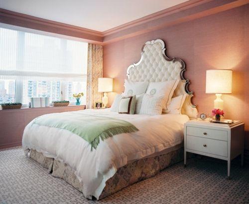 schlafzimmer-gestalten-elegantes-kopfteil-mit-spiegelkante.jpg (500×409)