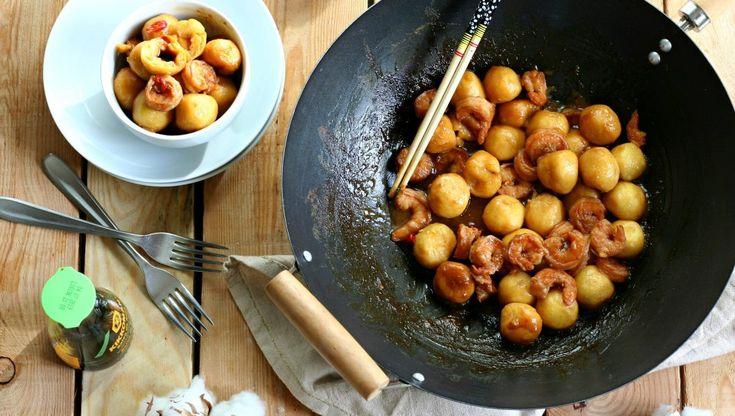 Gnocchi di zucca e patate ripieni di soia con mazzancolle piccanti glassate | iFood