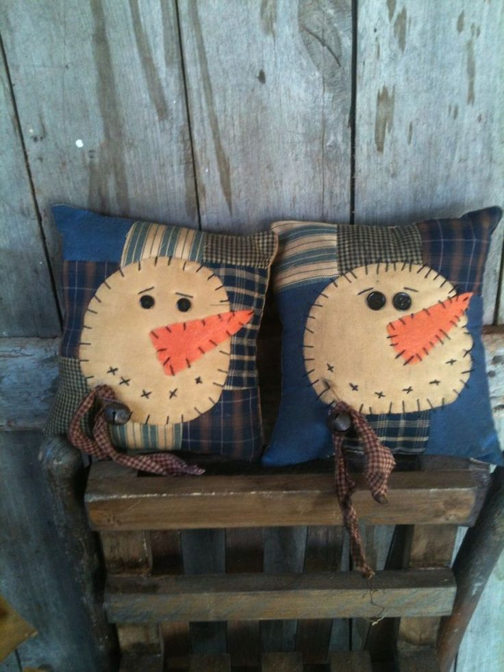 Primitive ol Quilt pillow SNOWMAN tucks sitters ornies winter christmas blues #NaivePrimitive