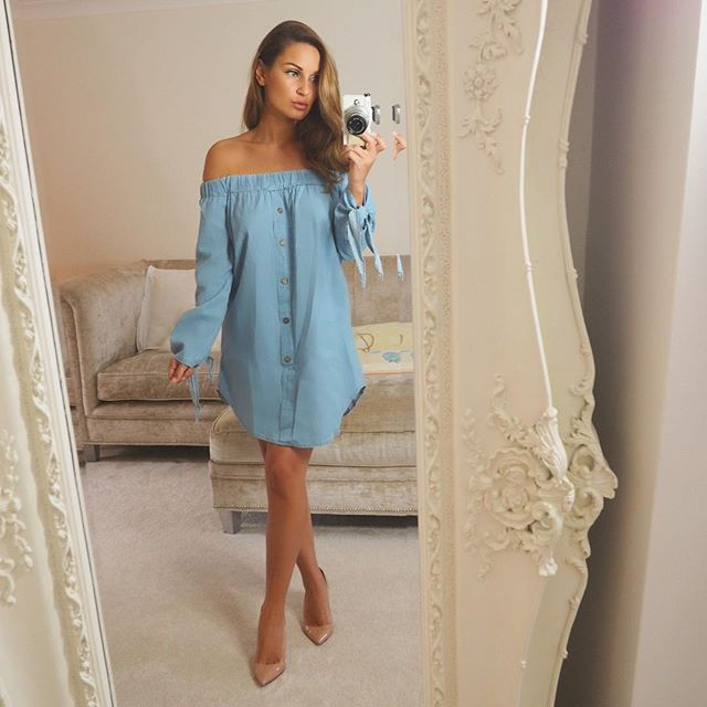 Sam Faiers rocking our 'In a knot off the shoulder dress' LASULA LOVES