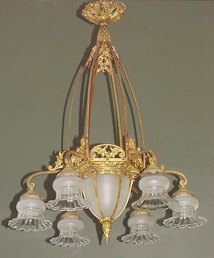 Best 25 french chandelier ideas on pinterest elegant for Chandelier mural antique