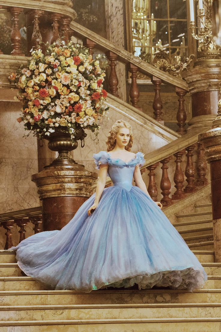 Lily James (Downton Abbey) / Cinderella, 2015