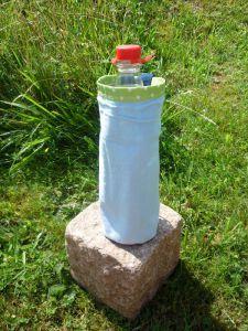Becher- od. Flaschen-Halter genäht  abwaschbar und zum befestigen (3)