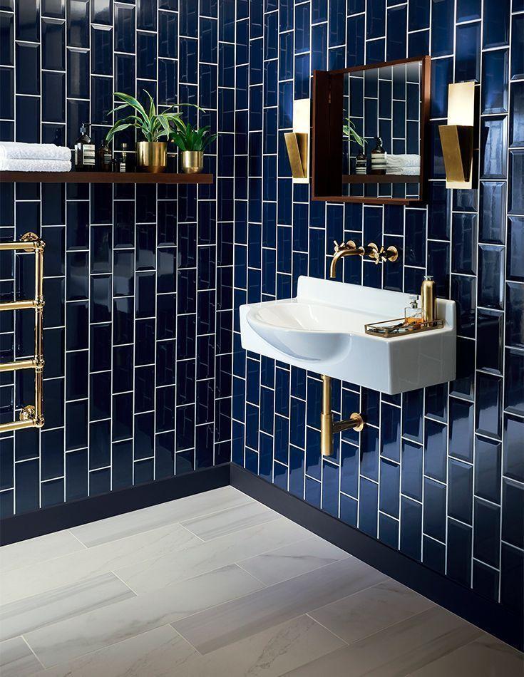 42 Awesome Remodeling Small Bathroom Ideas Roundecor Tile Bathroom Blue Tile Wall Trendy Bathroom