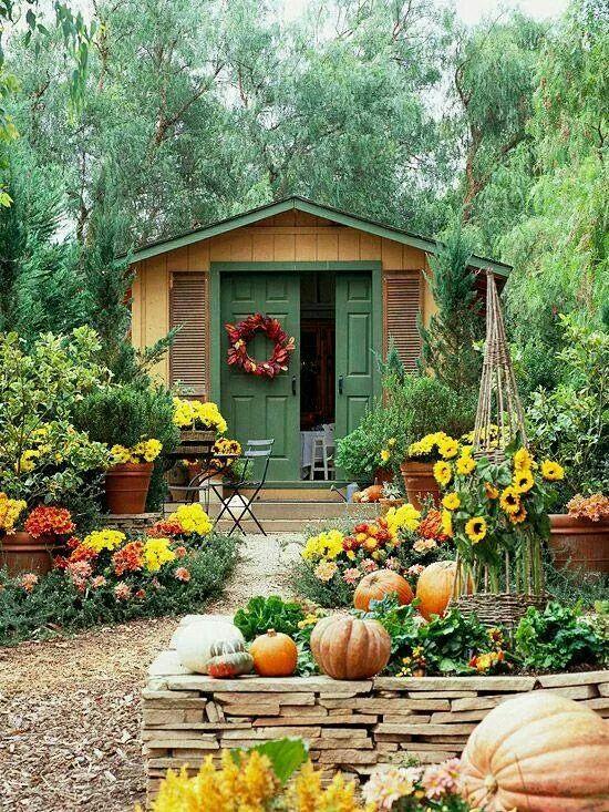 Nice Fall Garden!!! Bebeu0027!!! Mums And Pumpkins With A Wreath