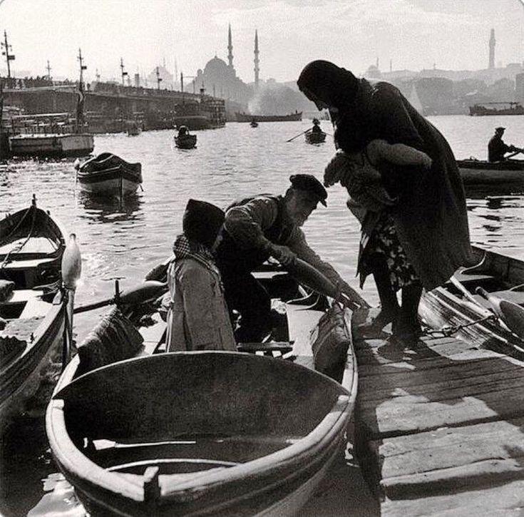 A photo of Ara Güler. The estuary is filled …